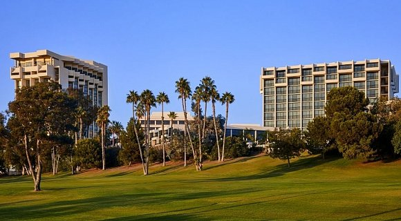 NewPort Beach Marriott Hotel & SPA